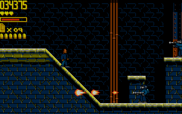 Playing mission 2 as Murtaugh. Now the scenery even becomes your enemy, with exploding barrels, gushing sewer pipes ...
